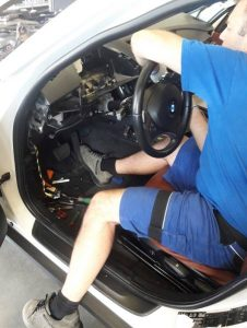 BMW X1 výmena výparníka klimatizácie