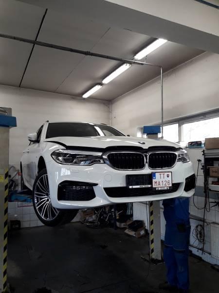 BMW 530D 2020 montáž nezávislého kúrenia ThermoTop EVO