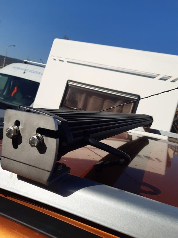 FORD RANGER montáž navijaku Ironman + svetelná rampa na strechu s držiakmi na mieru
