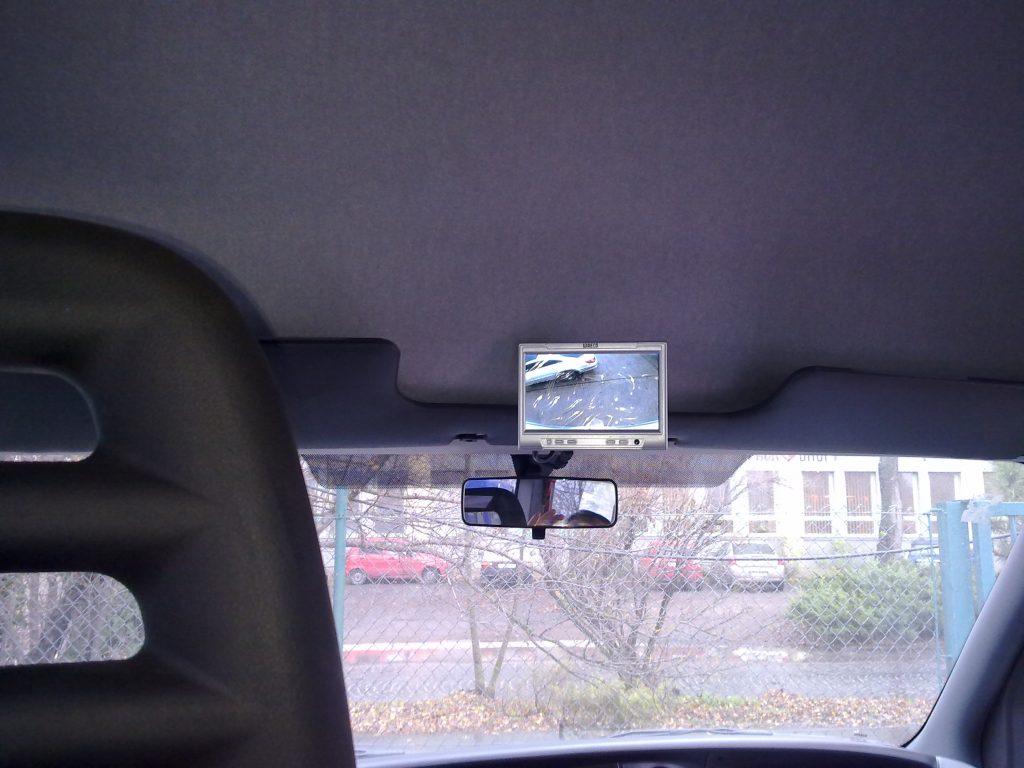 Iveco bus montáž cúvacej kamery