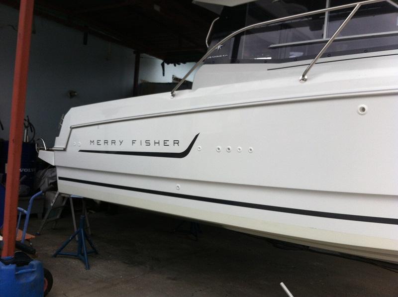 Montáž AT2000 loď Merry Fisher